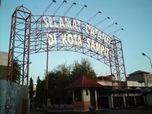 pintu gerbang kota Sampit dari Pelabuhan